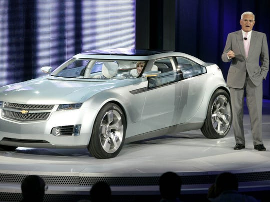 GM Vice Chairman Bob Lutz introduces the Chevrolet
