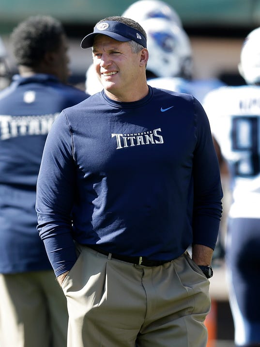 Mike Munchak, seen here during his days as head coach of the Tennessee Titans, is now the offensive line coach with the Pittsburgh Steelers.