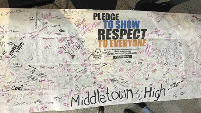 "More than 300 Middletown High School students and staff signed a banner pledging to put an end to the use of ""R word."""