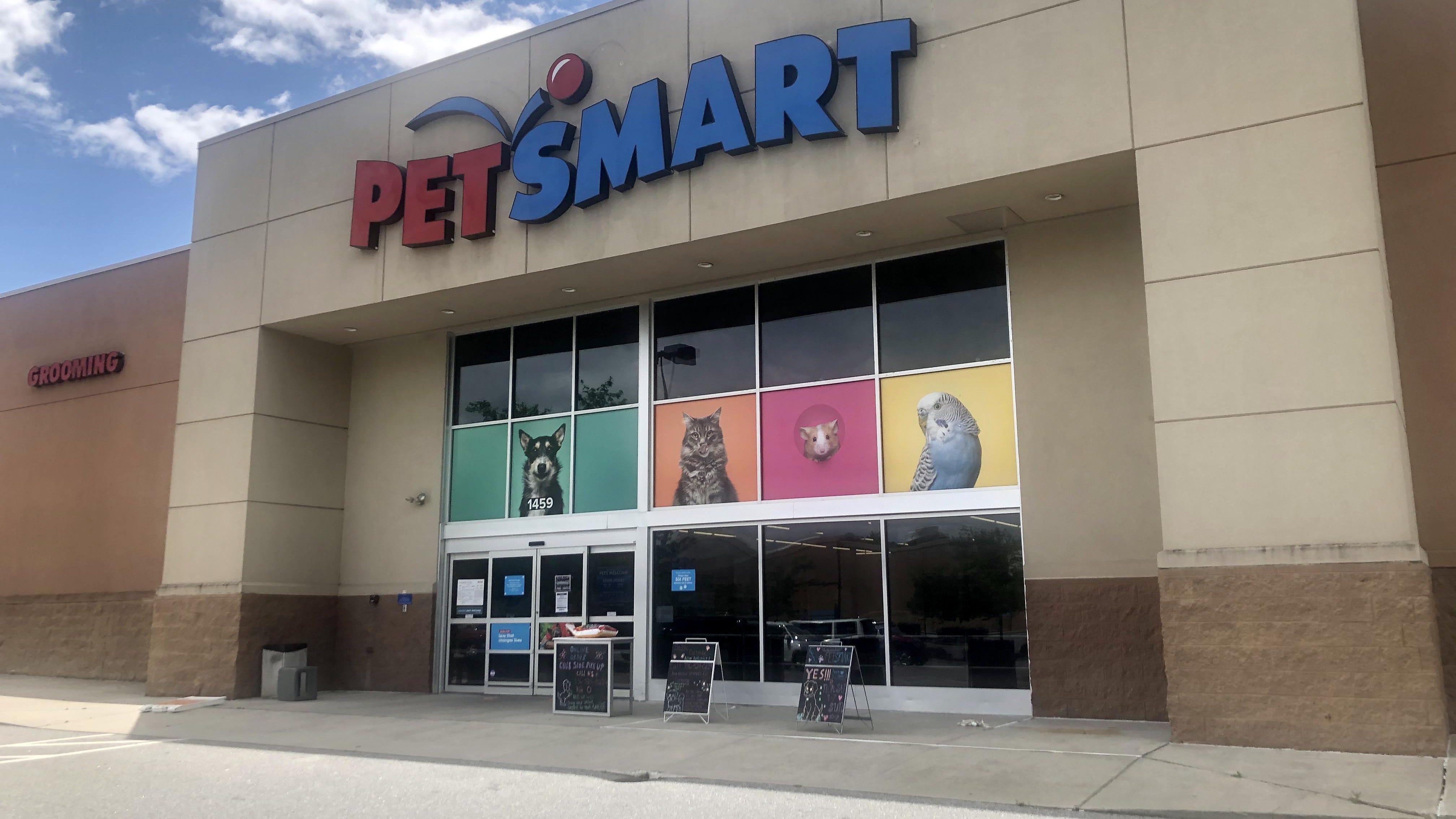 Mask and social distancing check at PetSmart
