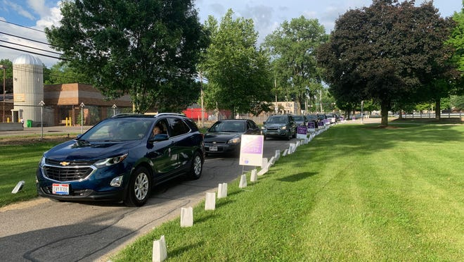 Cars and trucks moved slowly through the Wayne County Fairgrounds on Sunday for the 2020 Relay for Life of Wayne County event.