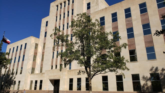 The Lubbock County Courthouse.
