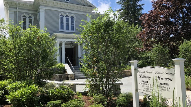 The Elizabeth Taber Library is conducting a community survey as part of its long range strategic planning. Library officials want community input to help then make decisions about future programs, services, and policies.