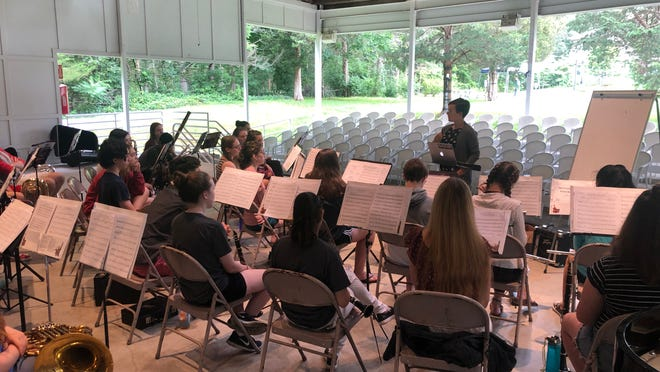 SMF faculty member, Lidia Chang, leads a session on music and trauma with students of Summer Music Festival.