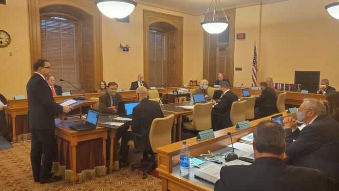 Dave Trabert, CEO of the Kansas Policy Institute, speaks Monday before the Special Committee on Economic Recovery at the Statehouse.