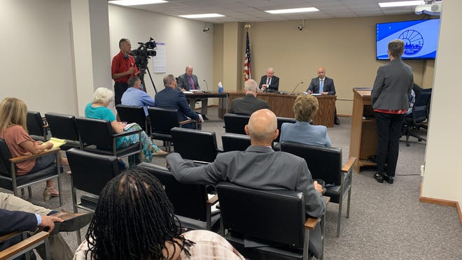 Linda Ochs, director of the Shawnee County Health Department, presents before the Shawnee County Commission a request to amend the contract of Shawnee County health officer Gianfranco Pezzino. Ochs went before commissioners Thursday morning during their regularly scheduled meeting.