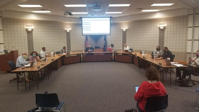 The Auburn-Washburn Board of Education on Monday approved a timeline that would bring elementary students back for five-day-a-week, in-person learning by Oct. 19.