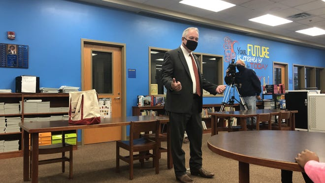 Georgia State School Superintendent Richard Woods talks to fourth graders at Hornsby Elementary School on Monday, Nov. 2, 2020.