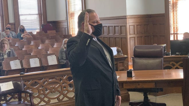 Sheriff Scott Hodshire took the oath of office Monday afternoon in the Hillsdale County Circuit Court.