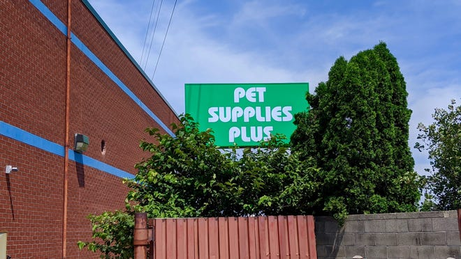 The new Pet Supplies Plus will be located at 2308 N. Park Drive -- formerly home to Pier One, which closed permanently this spring as part of a companywide push to reduce its footprint.
