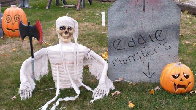 Brian Meggison's Halloween decorations.