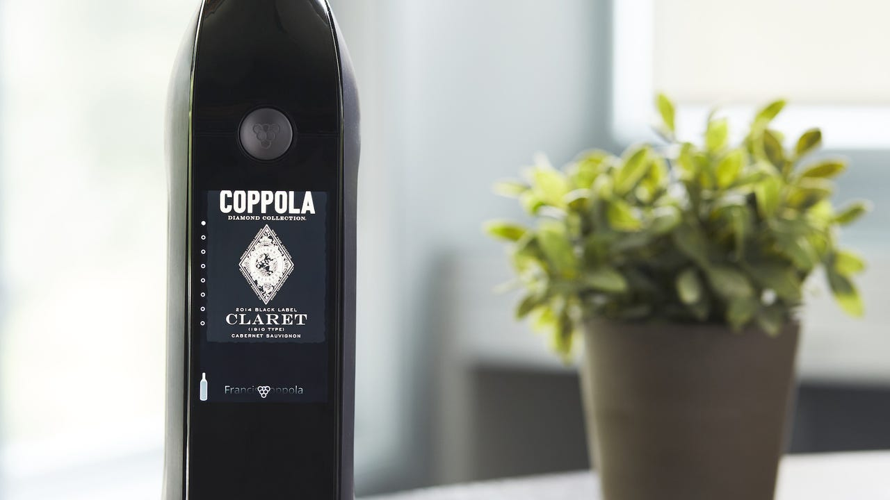 This 'connected' wine dispenser can keep wine fresh for 30 days