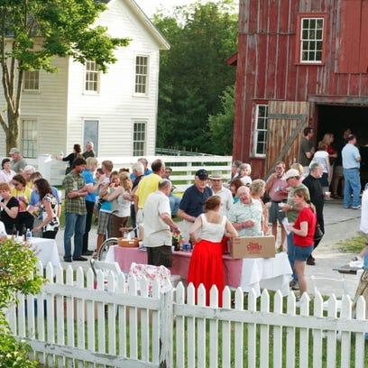 Old World Wisconsin to Open Weekends in May to Start the 2017 Season