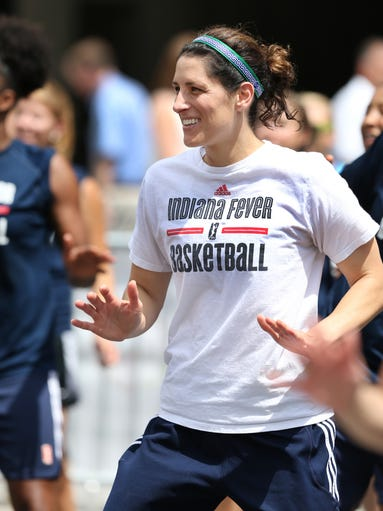 Coach White gives Indiana Fever players a surprise workout