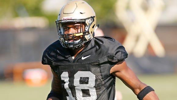 Freshman wide receiver Keyron Catlett witha catch during