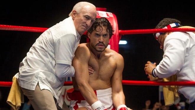 """Robert De Niro and Édgar Ramírez star in """"Hands of Stone"""""""