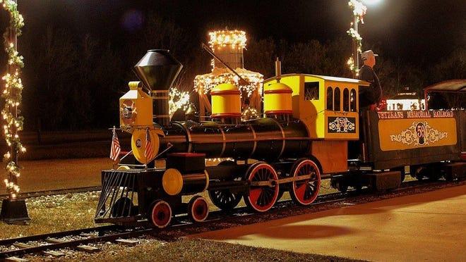 """No. 59"" steam train replica helps power the Veterans Memorial Railroad's The Polar Bear Express."