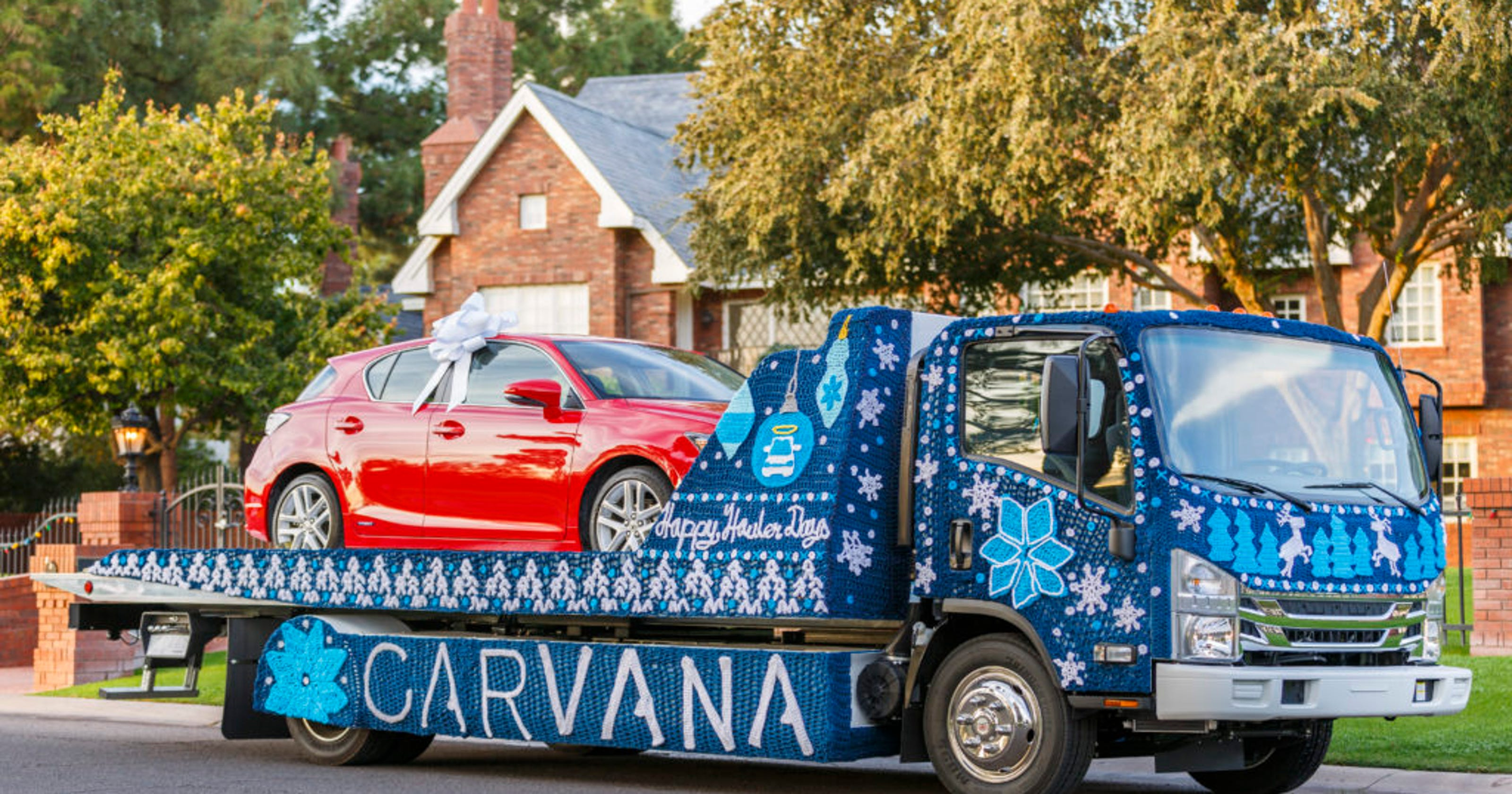 Carvana, online used-car dealer, plans to build facility in