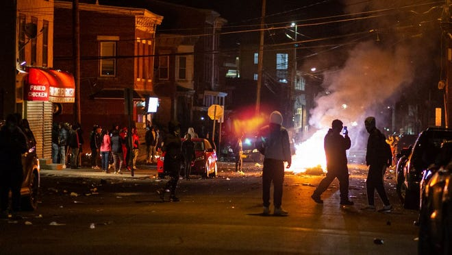 65% of College Students Say Rioting and Looting is 'Justified,' New Poll Finds