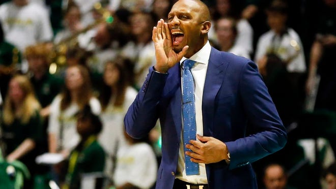 Former New York Knicks player and Memphis head coach Anfernee Hardaway reacts to a call during the first half of an NCAA college basketball game against UAB Saturday, Dec. 7, 2019, in Birmingham, Ala.