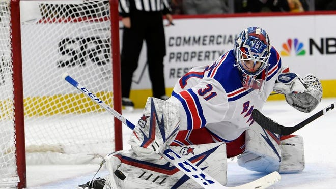 New York Rangers goalie Igor Shesterkin (31) fractured ribs in a car crash on Sunday night.