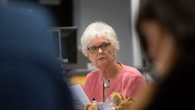 School Board Chair Bettye Kinser leads a special called meeting at Horace O. Porter School on Monday, Aug. 19, 2019.