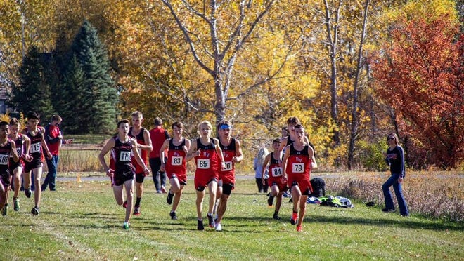 The Redwood Valley boys start the Big South Conference race.