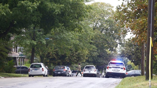 Rockford police direct traffic on Sixth Street near Ninth Avenue on Wednesday, Sept. 9, 2020, during a short standoff that led to an arrest.