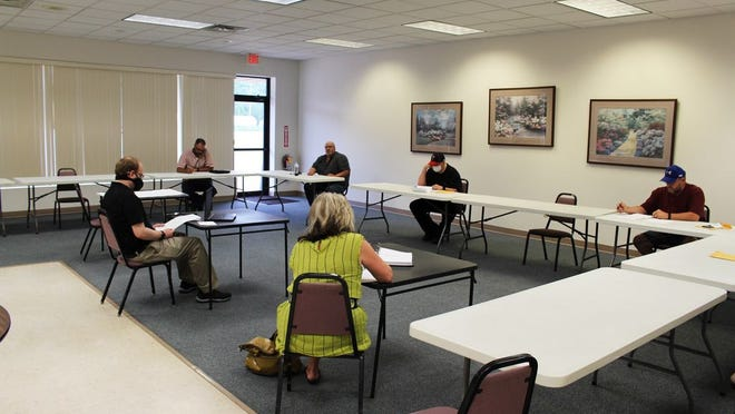 The Montevideo Planning Commission met at the Community Center Monday evening to discuss and approve the new Public Works Building site plan.