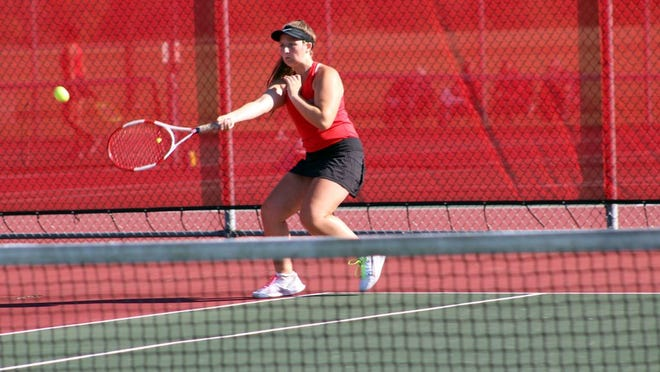 Payden Beran picked up a key three set win at first singles to help the Cards top Worthington.