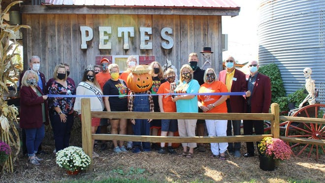 Pete's Pumpkin Patch celebrated ten years with a recent ribbon cutting.