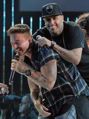 J Balvin y Nicky Jam triunfan con su éxito 'X'