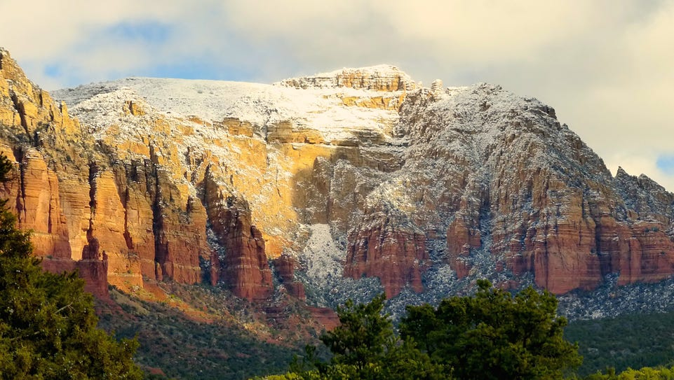 Sedona | A frosting of snow atop the shoulders of Sedona's