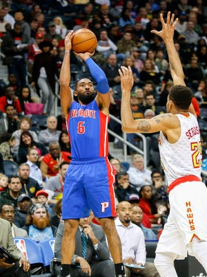 Pistons guard Darrun Hilliard (6) shoots the ball against the Hawks in the second quarter of the Pistons' 121-85 win Friday in Atlanta.