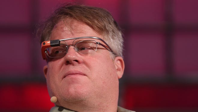 High-tech evangelist Robert Scoble says he did not sexually harass women because he had no power to make or break their careers.