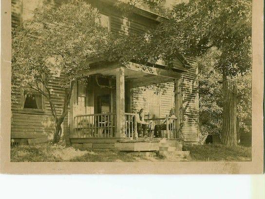 House w Geo & Rowland