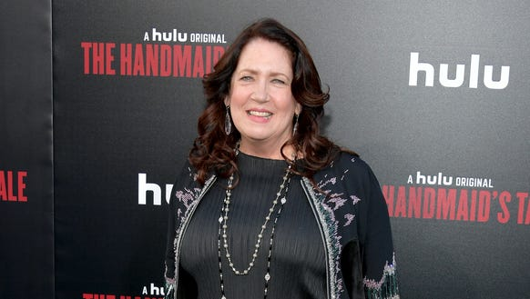 Ann Dowd plays the fearsome Aunt Lydia.