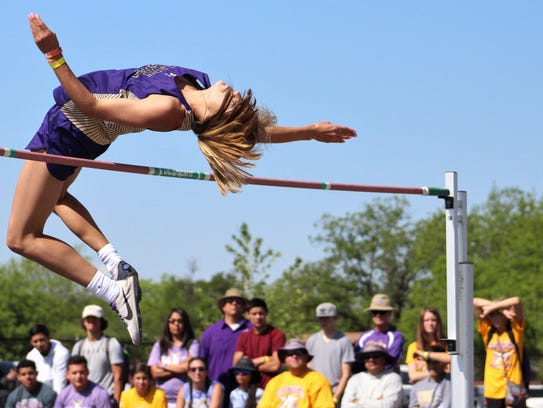 Trinity Tomlinson clears 5 feet, 6 inches on her first