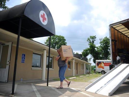 zan 0627 red cross move 001.JPG