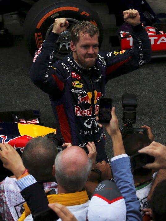 Vettel-12-24-13