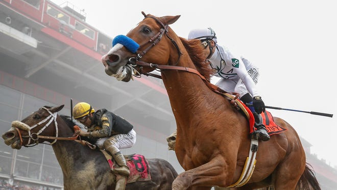 Justify wins the Preakness Stakes to capture the second leg of the Triple Crown.May 19, 2018