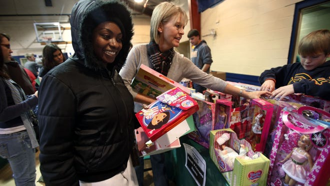 Nashville nonprofits offer a variety of volunteer opportunities this holiday season.