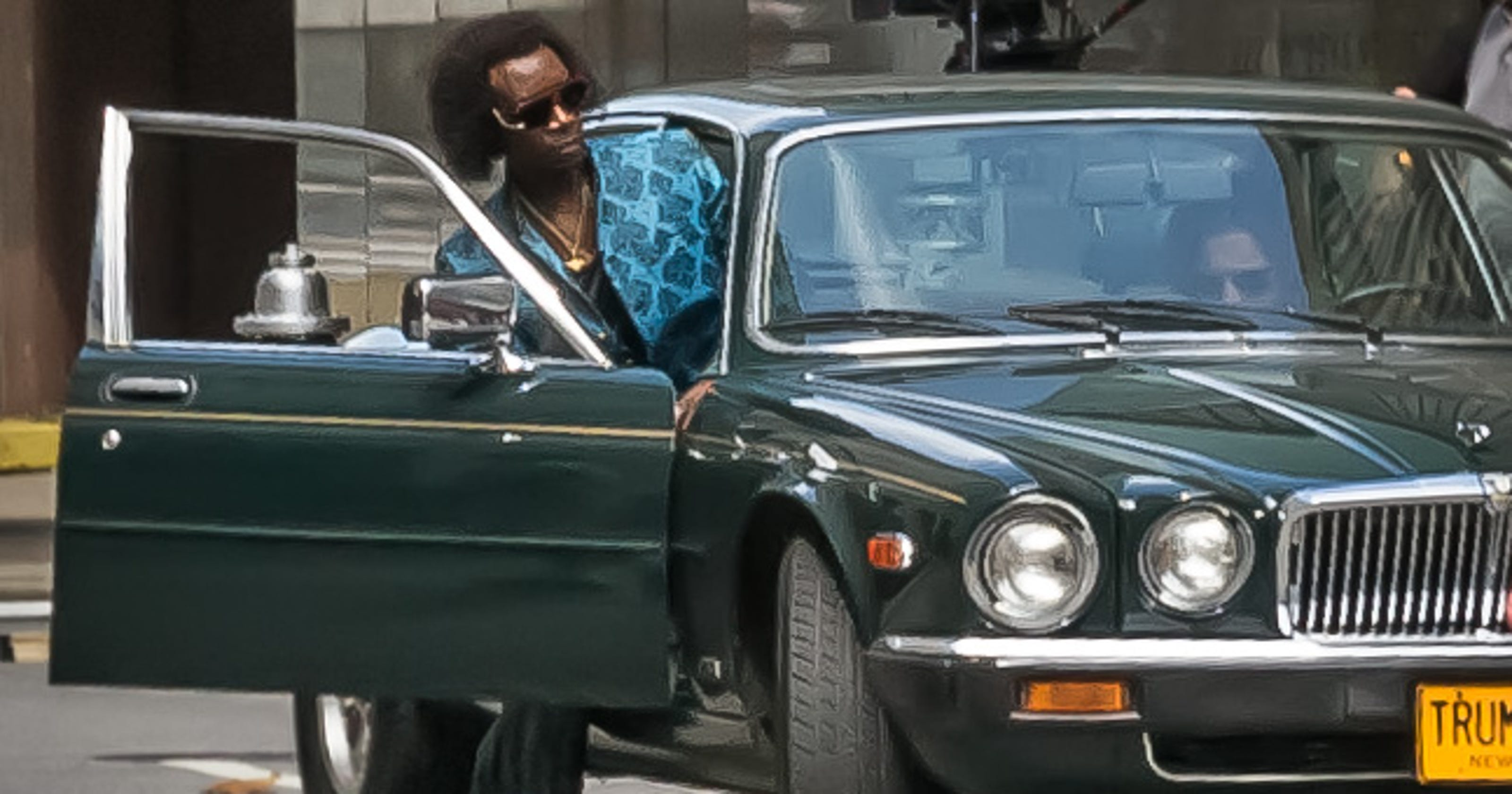 Stuck In Traffic Pondering Madisons Use >> Don Cheadle Miles Ahead Movie Rolls Into Cincinnati In Style