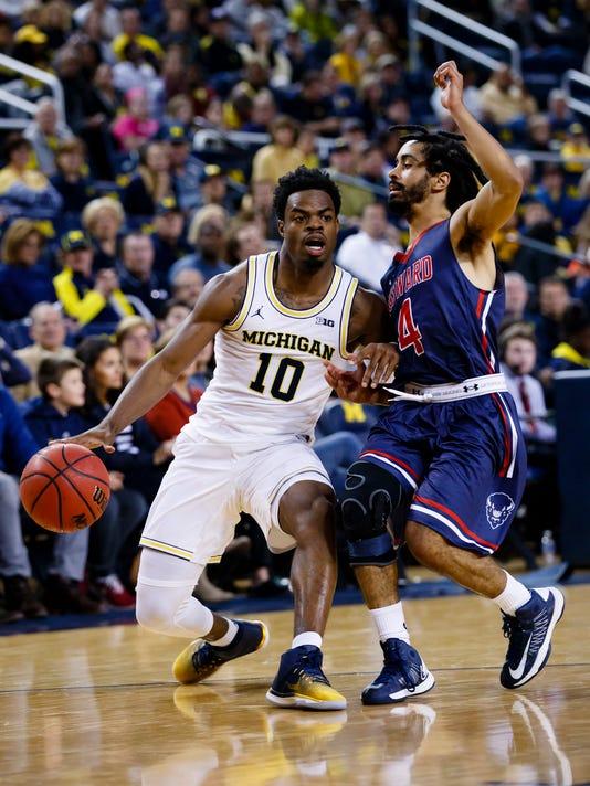 NCAA Basketball: Howard at Michigan basketball