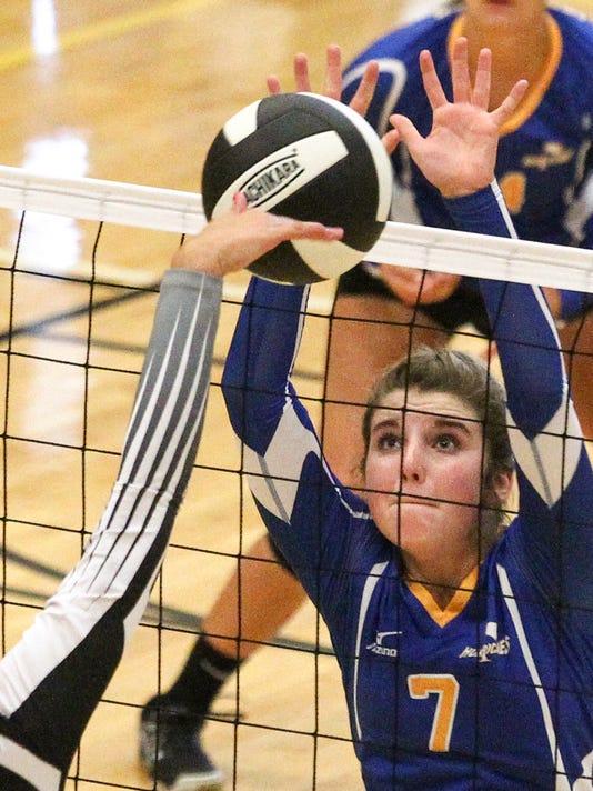 Caroline Cromer Wren volleyball