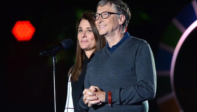 Bill et Melinda ont déclaré qu'ils continueraient à travailler ensemble au sein de leur fondation de renommée mondiale, qui porte leur nom, qui a donné plus de 54 milliards de dollars et levé 5,8 milliards de dollars rien qu'en 2019, selon les déclarations de revenus de l'organisation accessibles au public.