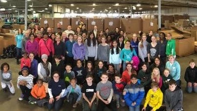 Seven Hills volunteers at Matthew 25: Ministries on Martin Luther King Jr. Day, 2016