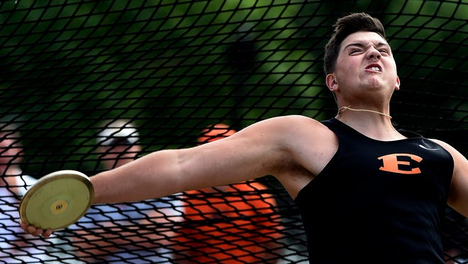 Tanner Antonutti of Ensworth throws his discus on the way to winning the Division II discus finals last year.