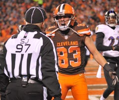 Cleveland Browns wide receiver Brian Hartline says losing hurts motivation to play hard.