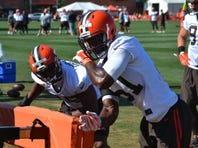 Multiple reports say Cleveland Browns linebacker Barkevious Mingo will have knee surgery to repair a torn meniscus.